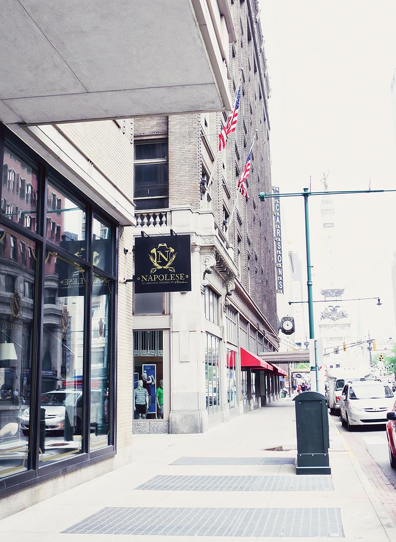 sidesign_street_verticalSM